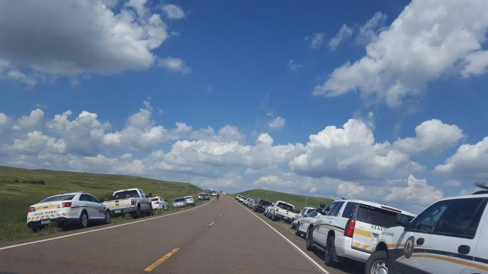 DAPL-police-cars